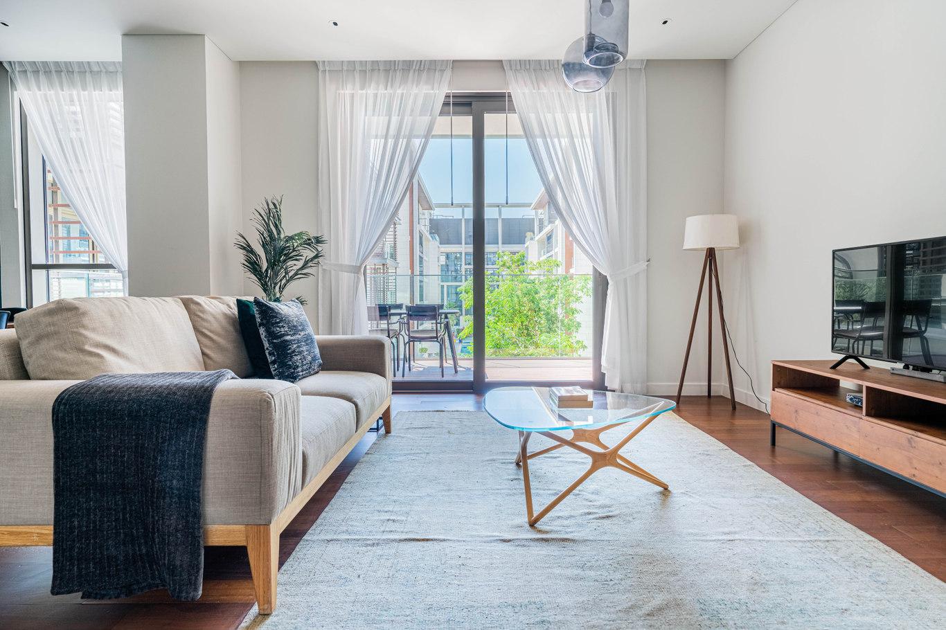 2 bedroom furnished apartment in Princess Apartment VVI 809, Princess Tower, Dubai, photo 1