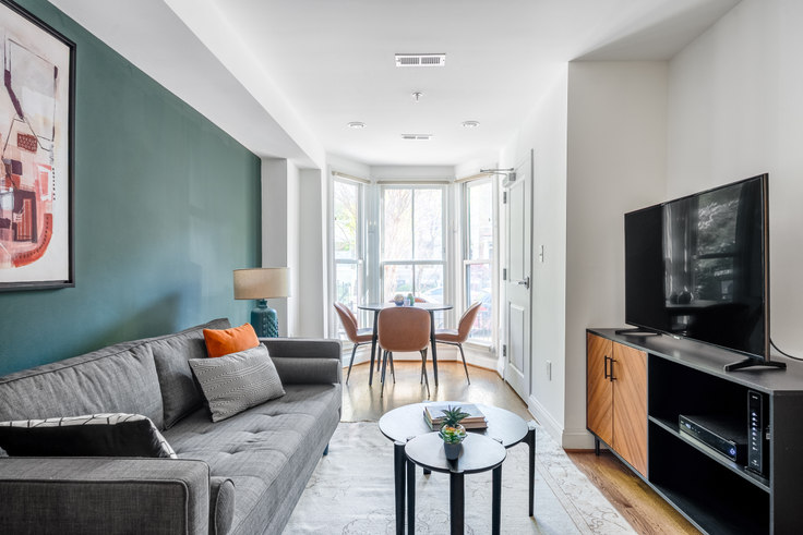 1 bedroom furnished apartment in Madison House, 1772 Church St NW 323, Dupont Circle, Washington D.C., photo 1